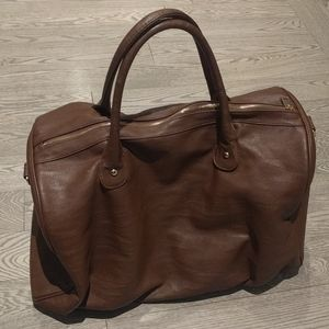 🍀 Brown faux leather bag by Revolution 🌺🌺